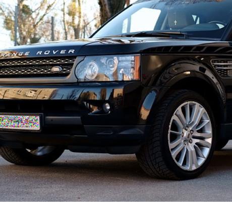 Система безопасности, которая действительно работает: преступникам не удалось похитить Range Rover